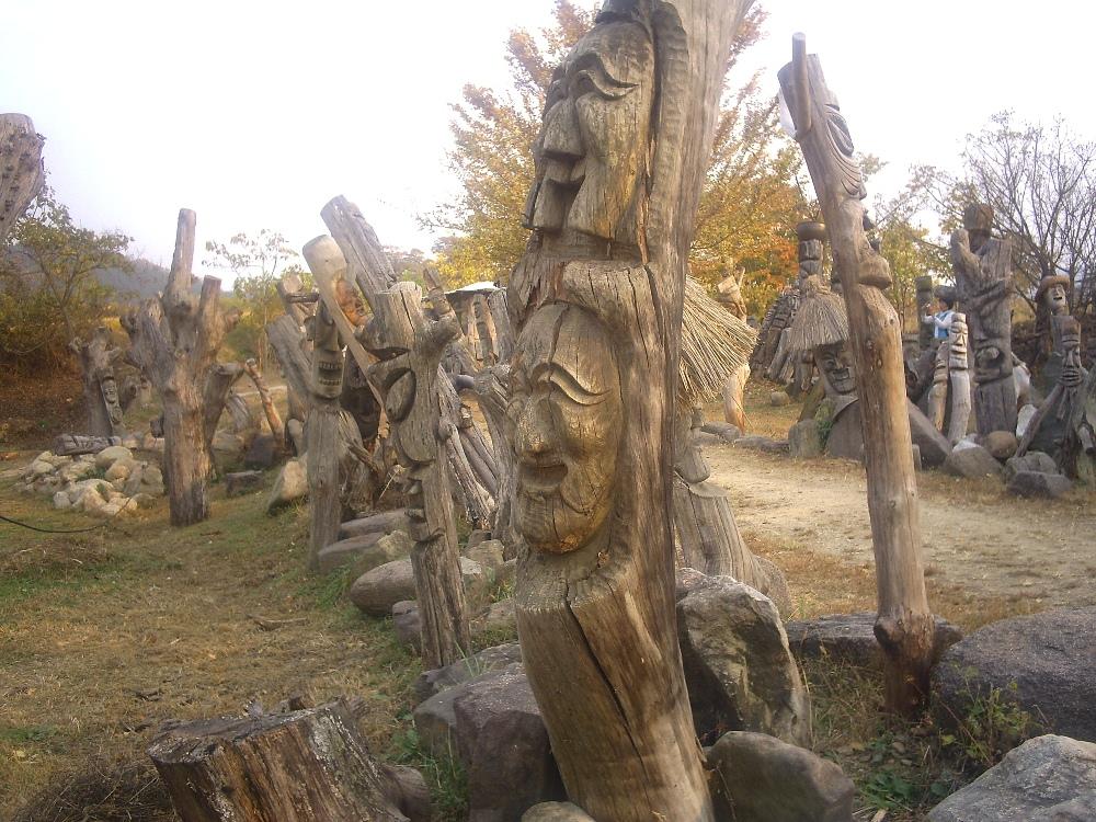 Korean carvings
